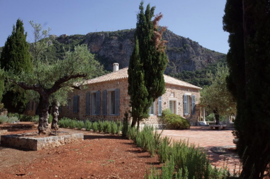 A DAY IN THE LEIGH FERMOR HOUSE BY TEN ARTISTS